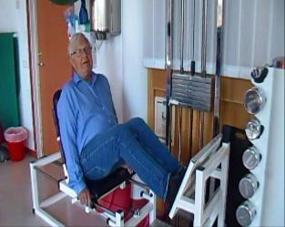 Göran bor på Sjötäppan och tränar regelbundet styrka och balans i gymmet på Sjötäppan.